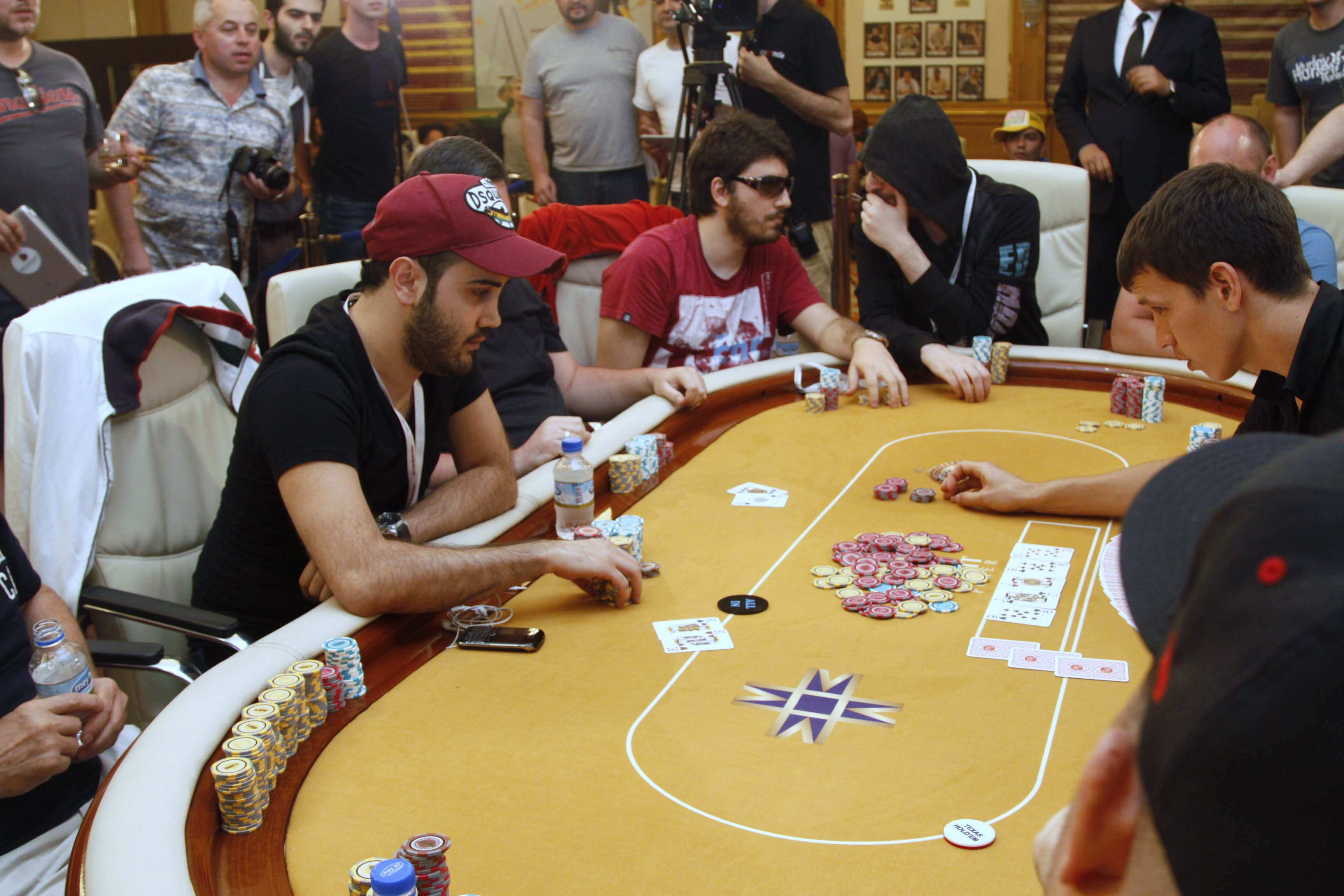 Покер онлайн в китае какие есть игры в покер онлайн