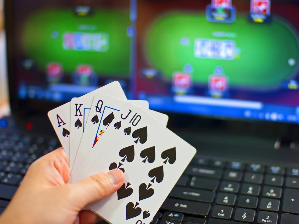 онлайн компьютер покер