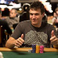 Дак Полк перестал заниматься покером