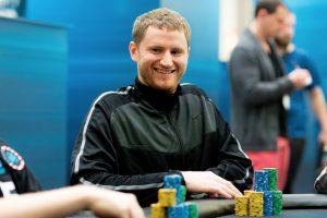 Россиянин Сергей Хохлов выиграл турнир Russian Poker Championship