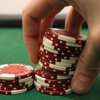 Что такое аддон в покере?