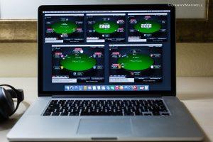 Где можно играть в покер онлайн в браузере?