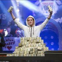 Как побеждать в покере?