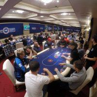 Что такое МТТ покер?