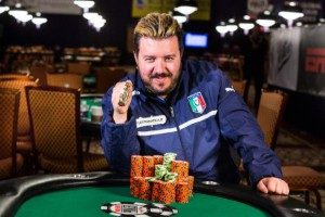 Макс Пескатори выставил на аукцион свой последний браслет в благотворительных целях