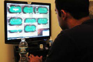 Как научиться играть в профессиональный покер?