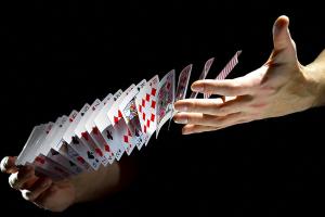 Раздача карт в покере, правильный порядок