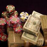 Как выигрывать в покер?