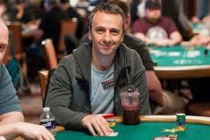 Михаил Семин занял четвертое место в Seven Card Stud Championship на Мировой Покерной Серии